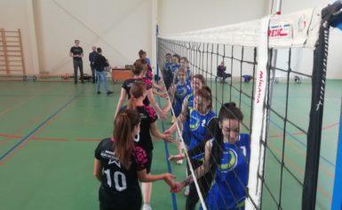 Тернир по женскому волейболу