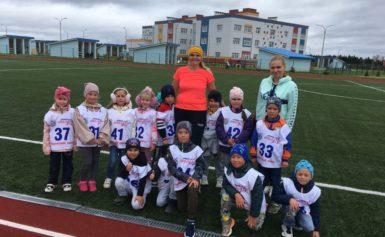 Нормативы комплекса ГТО выполняли воспитанники детского сада №12 «Маленькая страна» г. Балабаново.